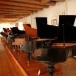 Klaviere und Flügele polnischen Firmen des 19. und 20. Jahrhundert in Opatówek